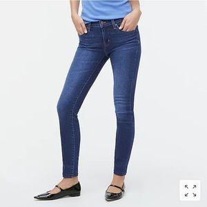 J Crew Mid Rise Medium Wash Skinny Jeans Size 24